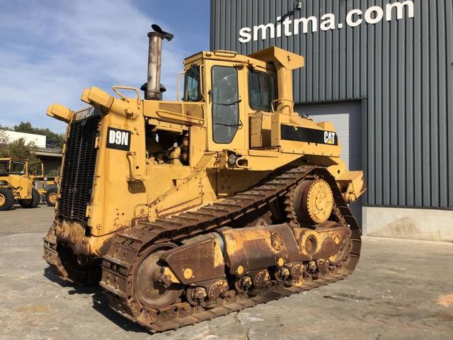 Caterpillar D9N W RIPPER