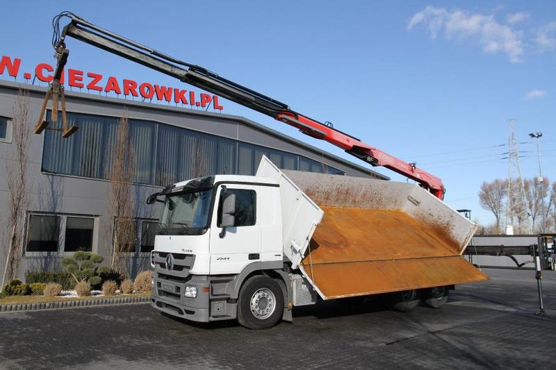 Mercedes-Benz 6x2 ACTROS 2544 L TIPPER CRANE FASSI F185AS.22 10.