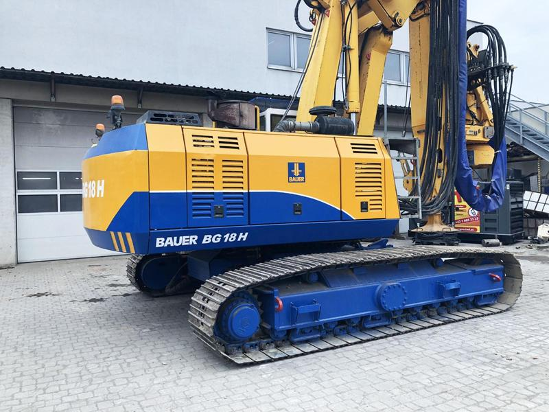 Bauer BG 18 H Rotary Drilling Rig