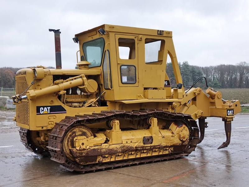 Caterpillar D7G BLADE + RIPPER (GOOD MACHINE)