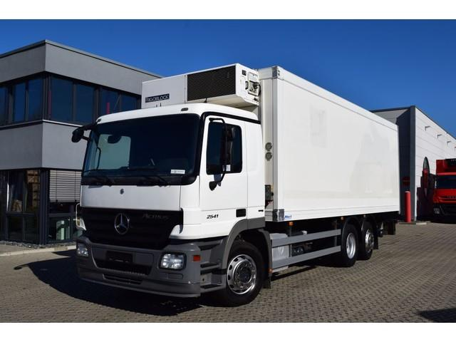Mercedes-Benz Actros 2541 L 6x2 / 2 Kammern / 3 Pedale